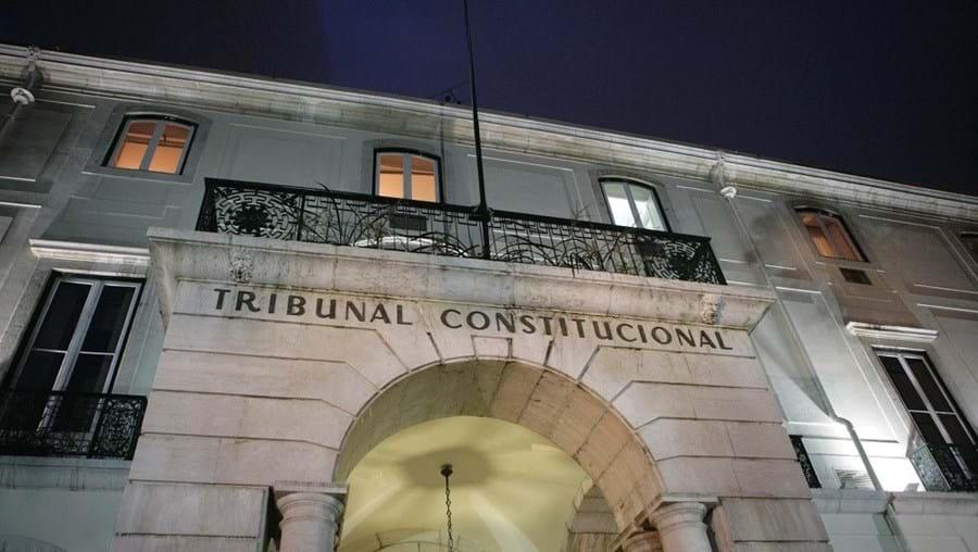 A decisão teve cinco votos de vencido dos juízes-conselheiros, entre eles Pedro Machete e Fátima Mata-Mouros