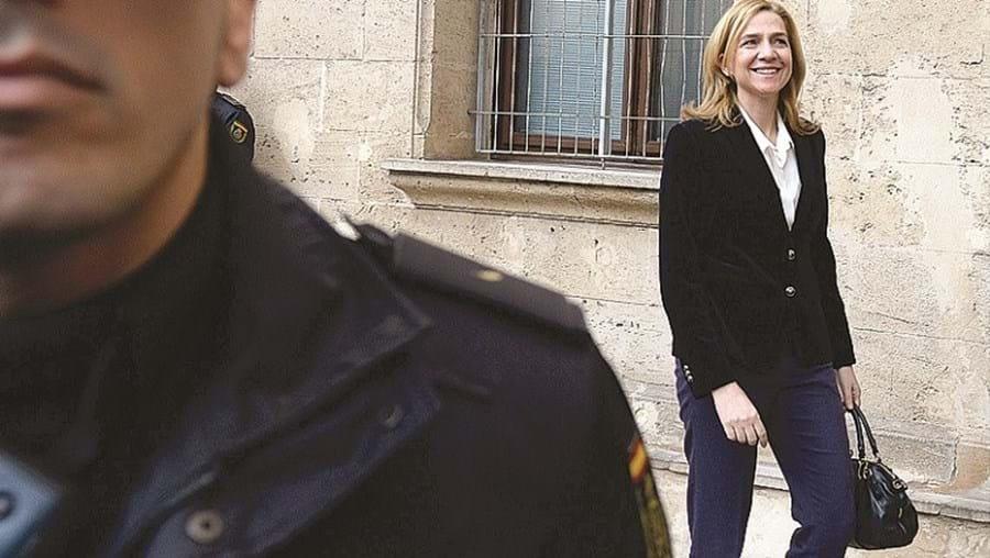 Cristina de Bourbon é acusada de fraude por implicação no caso Nóos