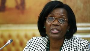 Ministra garante que alterações às penas de curta duração avançam ainda este mês