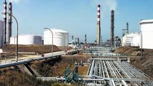 Fecho da refinaria de Matosinhos abala contas do porto de Leixões