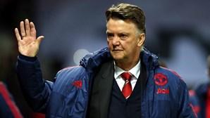 Van Gaal despedido do Manchester United