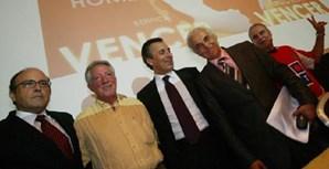 Antigo dirigente do Benfica na apresentação de uma candidatura à presidência do clube da Luz (2009)