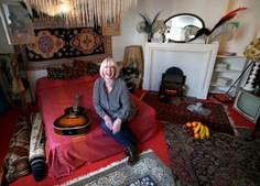 Casa foi remodelada para ficar exatamente como estava há 48 anos, quando foi decorada por Kathy Etchingham