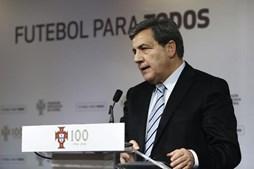 Fernando Gomes é presidente da FPF desde 2011