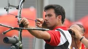 Antigo atirador olímpico reclama indemnização