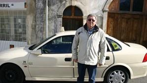 Taxista em pânico com um sósia burlão