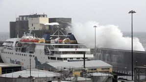 Mau tempo deixa Madeira em alerta