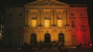 Câmara de Lisboa vestiu as cores da bandeira belga