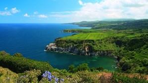 """Quebra de turismo causa prejuízos de 400 milhões de euros """"num só ano"""" nos Açores"""