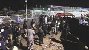Autoridades do Paquistão identificam mais de 5 mil pessoas