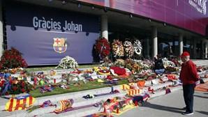Barcelona recorda Cruyff