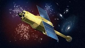 Detetados objetos junto ao satélite japonês Astro-H
