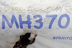 Investigadores continuam sem saber a causa do desaparecimento do voo MH370