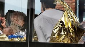 Passageiros retirados do aeroporto de Bruxelas