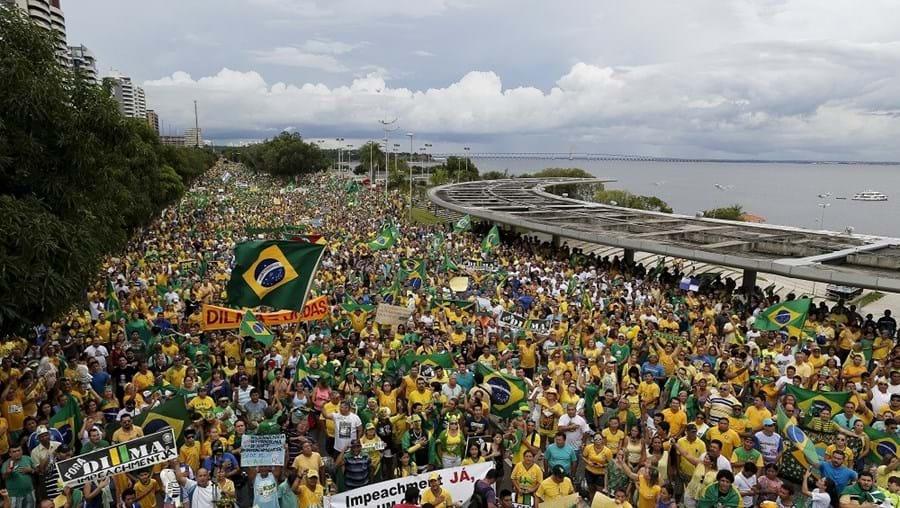 Manifestações também se estenderam a outras cidades do Brasil