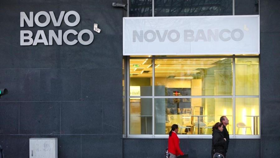 Fachada de uma depêndencia do Novo Banco, em Lisboa