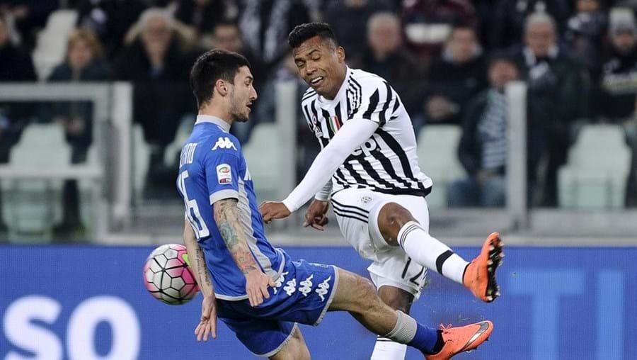 Alex Sandro atravessa excelente momento ao serviço da Juventus