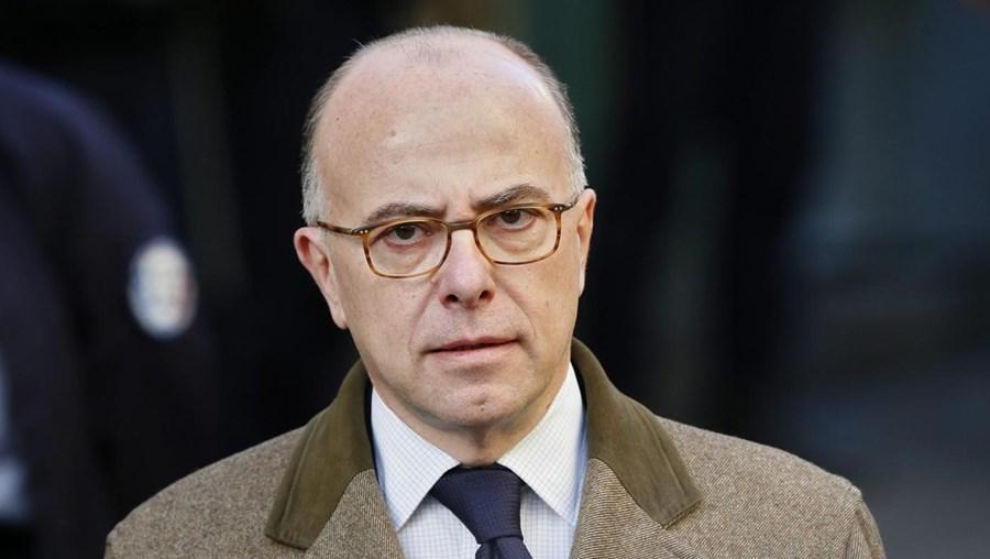 Bernard Cazeneuve, ministro do Interior de França