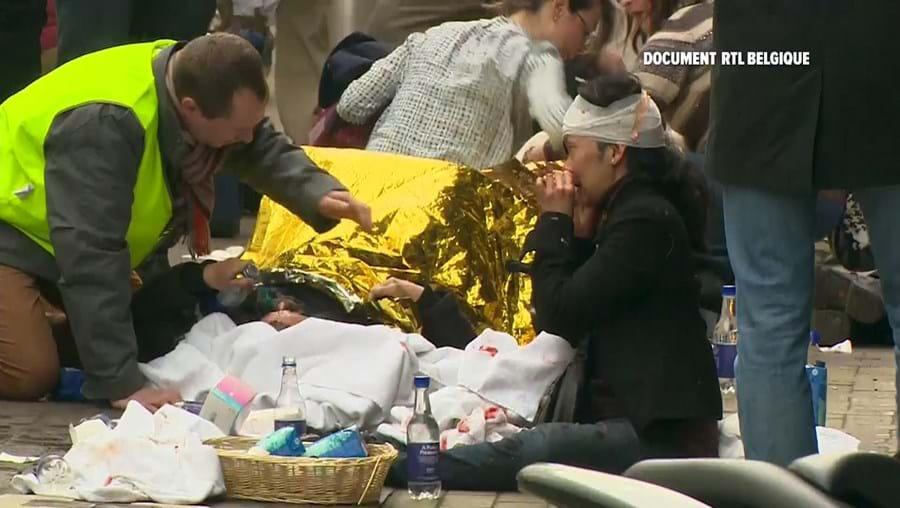 Várias pessoas morreram na sequência das explosões em Bruxelas