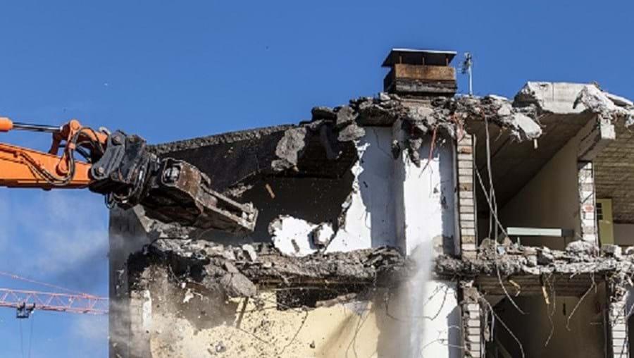 A empresa Billy L. Nabors Demolition manifestou o seu pesar pela situação