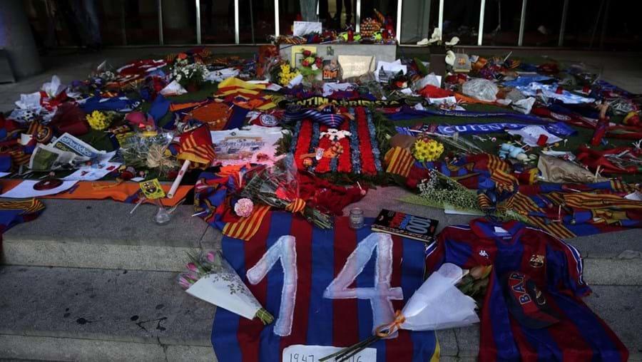Espaço de homenagem ao antigo futebolista e treinador holandês Johan Cruyff, situado no estádio do clube catalão