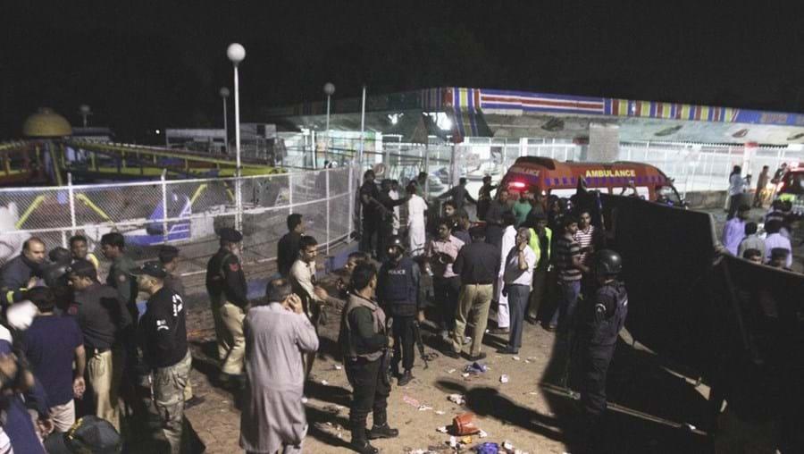 Pelo menos 72 pessoas morreram e mais de 350 ficaram feridas no atentado