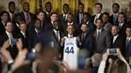 Obama ensaia dança para celebrar o basket