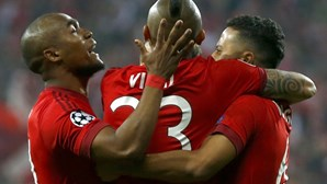 As imagens do duelo entre Bayern Munique e Benfica