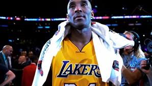 Primeira equipa onde jogou Kobe Bryant vai retirar camisola 24