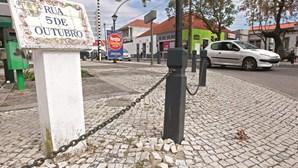 Moradores da Quinta do Anjo pedem demissão do presidente