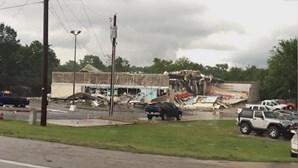 Pelo menos cinco mortos no Texas