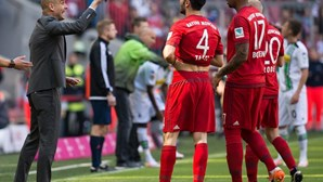 Bayern Munique empata e adia festa do título