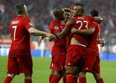 Jogo da próxima semana vai decorrer na Luz com o Bayern em vantagem