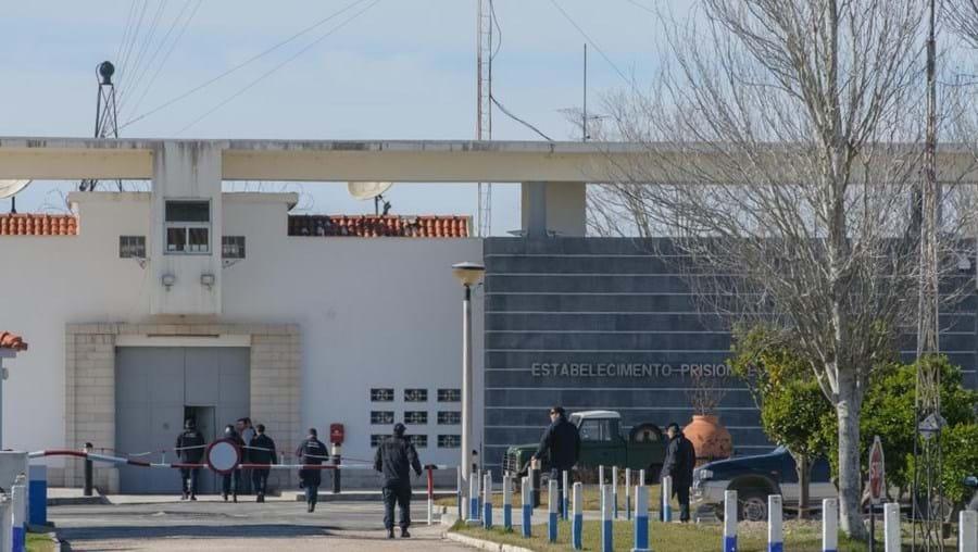 Vários guardas prisionais foram agredidos nas prisões de Pinheiro da Cruz (na foto) e Sintra
