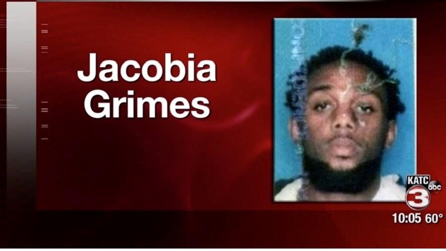 Jacobia Grimes roubou barras de chocolate de uma loja