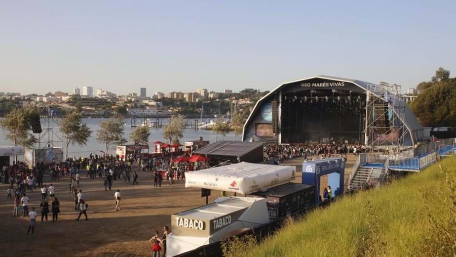 O festival de música Marés Vivas costuma ser realizado na praia do Cabedelo, em Vila Nova de Gaia