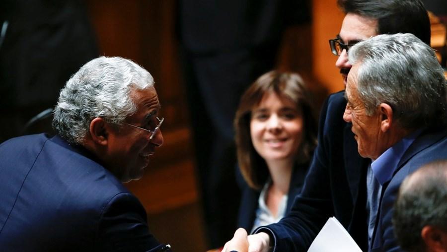 Esquerda aceita subida do IVA, mas António Costa deixa essa medida para mais tarde