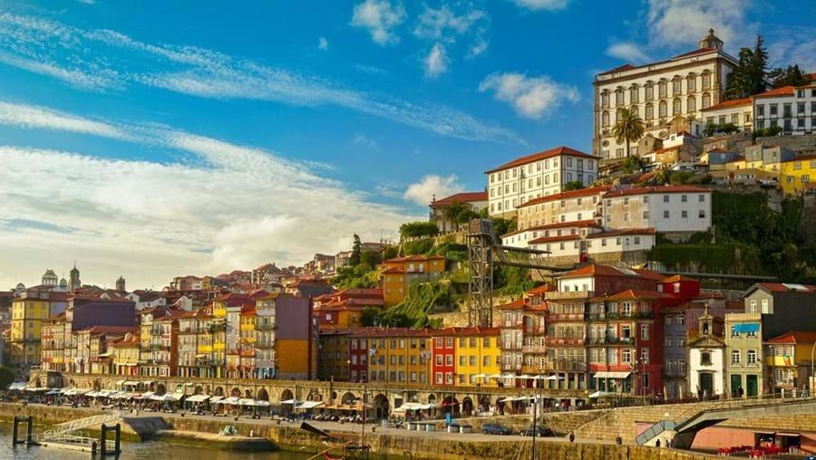 Debate discutiu ontem a falta de moradores no centro histórico do Porto