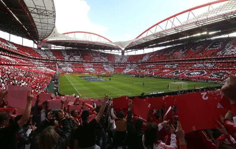 O diário Mundo Deportivo destacou alguns recintos e citou o Estádio da Luz, casa do Benfica