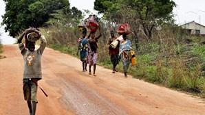 Interrompida circulação na principal estrada moçambicana por cerca de duas horas devido a protesto