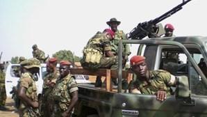 Oposição senegalesa apela para três dias de manifestações na próxima semana