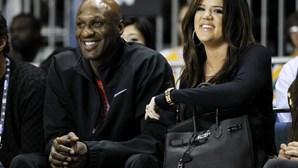 """Ex de Khloé Kardashian assume vícios: """"Não conseguia manter o pénis nas calças e a cocaína fora do nariz"""""""