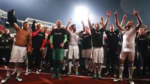 Eintracht Frankfurt assegura permanência na 'Bundesliga'