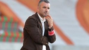 Treinador do V. Guimarães Ivo Vieira foi sondado para substituir Marcel Keizer