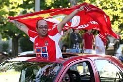 Adeptos do Benfica fazem a festa do 35º campeonato nacional em Elvas