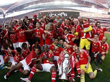 A formação encarnada consolidou a liderança do ranking dos campeões, ao somar o 35.º troféu, contra 27 do FC Porto e 18 do Sporting