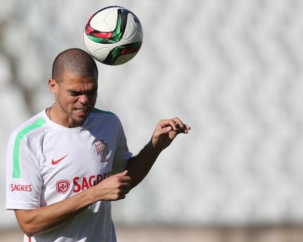 Conheça os 23 convocados de Portugal - Futebol - Correio da Manhã 9fd0b93d5e3a3