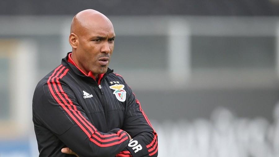 Hélder Cristóvão, treinador da equipa B dos encarnados