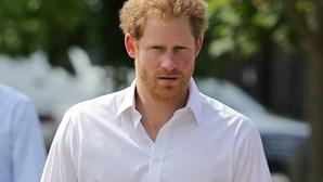 Príncipe Harry confirma namoro