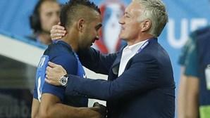 Payet exulta com vitória da França